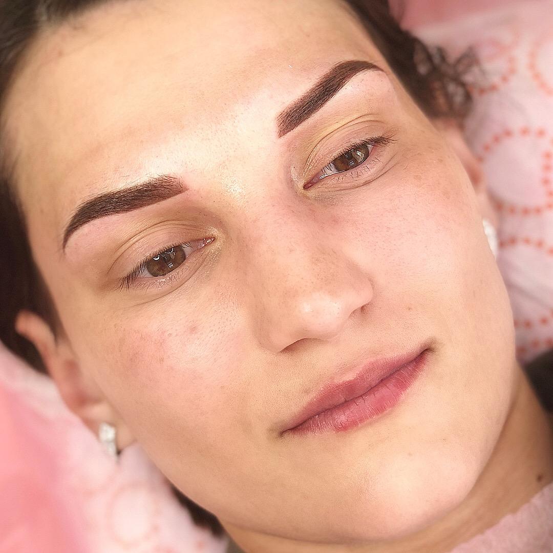 Пудровые брови в Иванове после процедуры