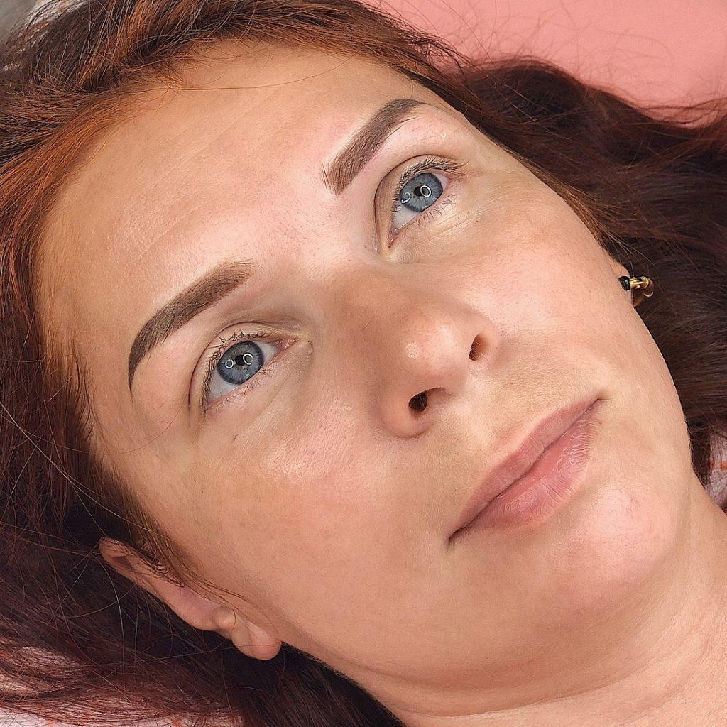 Естественный перманентный макияж бровей в городе Иваново