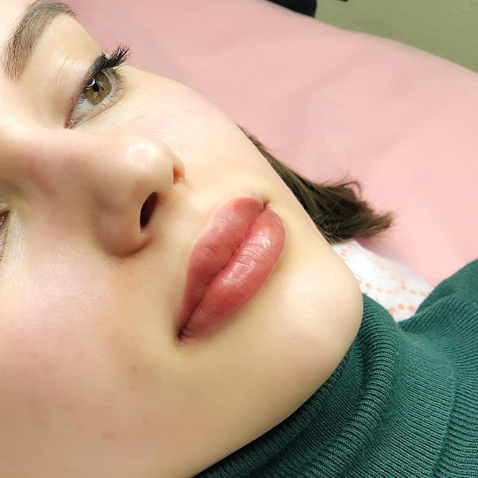Татуаж губ  после процедуры
